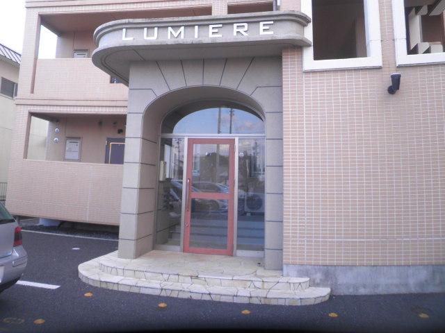 ルミエール 401号室のエントランス