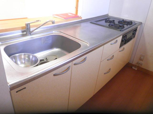 ルミエール 401号室のキッチン
