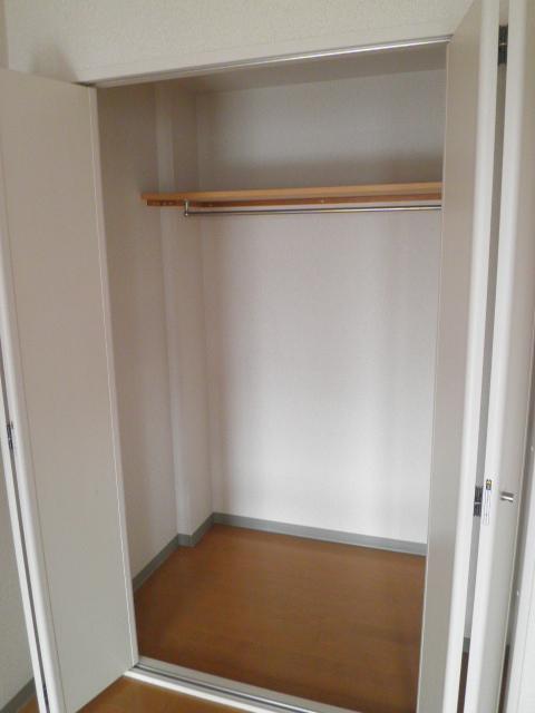 グランシスサウスウエスト 501号室の収納