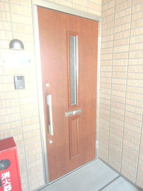 グランシャリオⅡ A 202号室の玄関