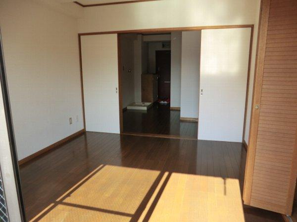 第2富士ハイツ 202号室のベッドルーム