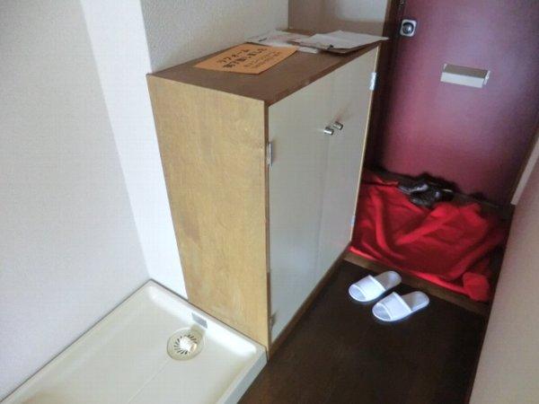 第2富士ハイツ 202号室の玄関
