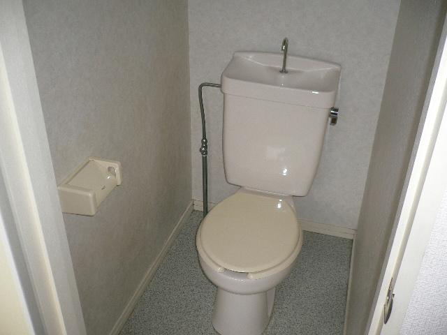 プレサージュ大岡 101号室のトイレ