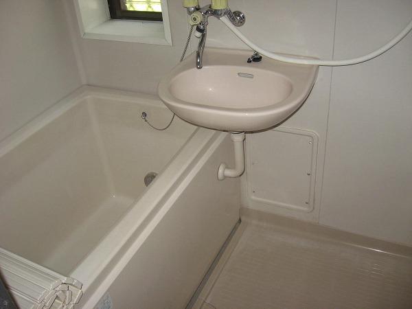 ウィステリア 101号室の風呂