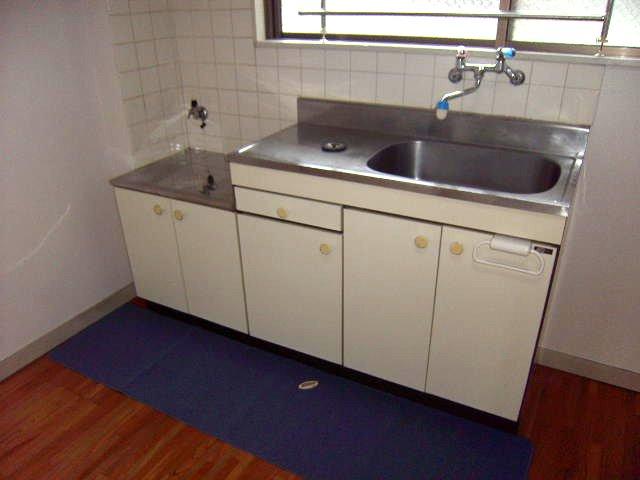 大沢コーポ 201号室のキッチン
