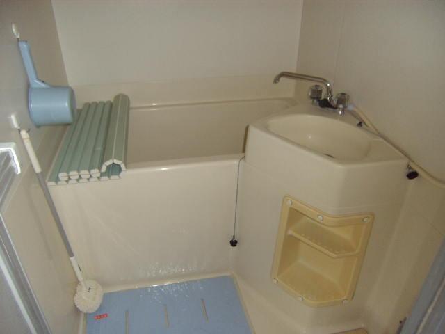 大沢コーポ 201号室の風呂