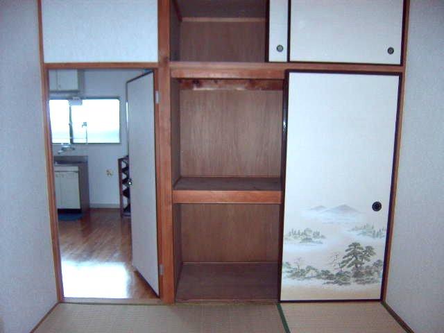 大沢コーポ 201号室の収納