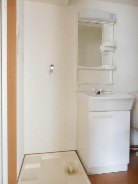 子安光洋ビル 207号室の洗面所