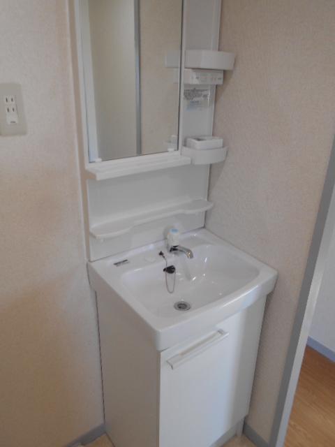 グリーンコープ常貴和 201号室の洗面所
