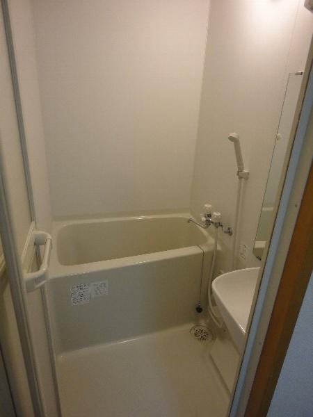 大嶽マンション 203号室の風呂