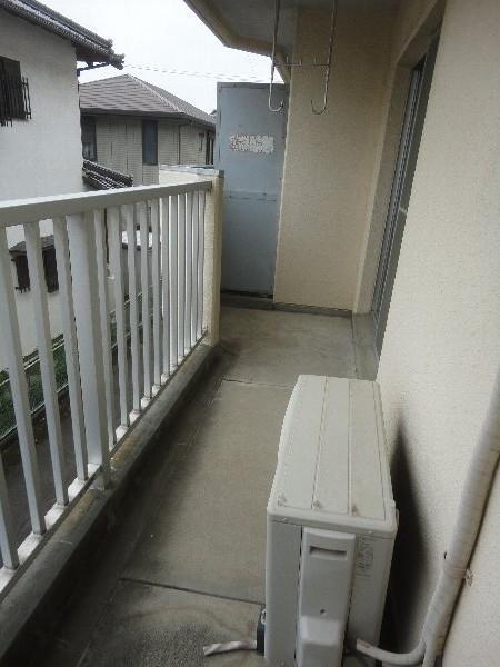 大嶽マンション 203号室のバルコニー