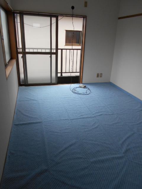 メゾンド沢田や 201号室のリビング
