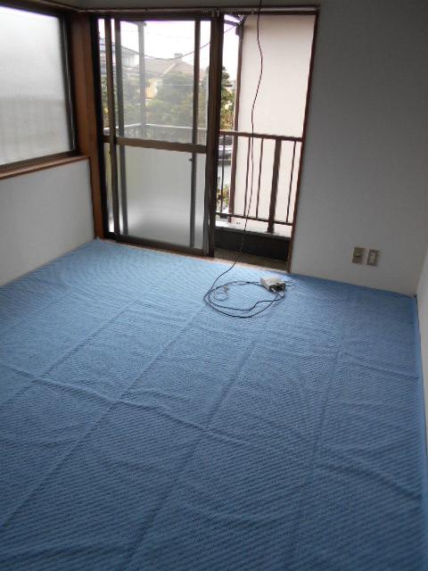 メゾンド沢田や 201号室のベッドルーム