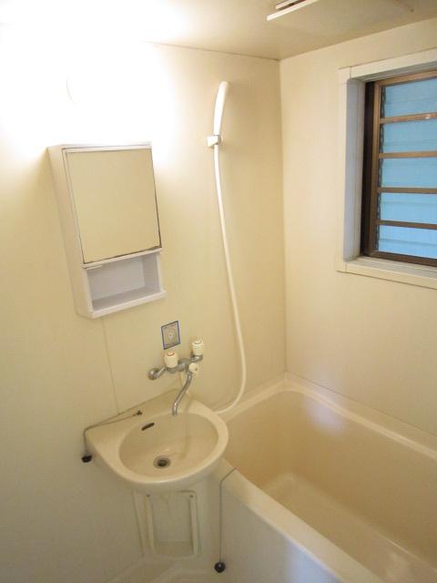 栢森ハイツA 203号室の風呂