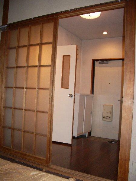片浜ハイツ 202号室のリビング
