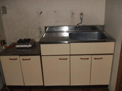 萩原寮 201号室のキッチン