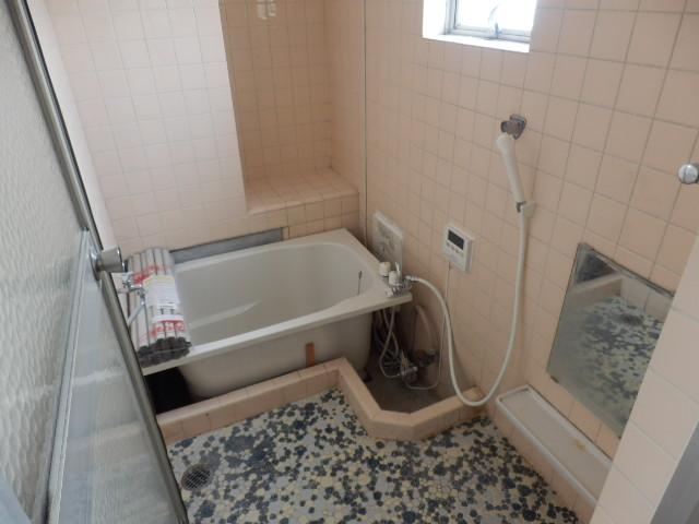 東栄マンション 302号室の風呂