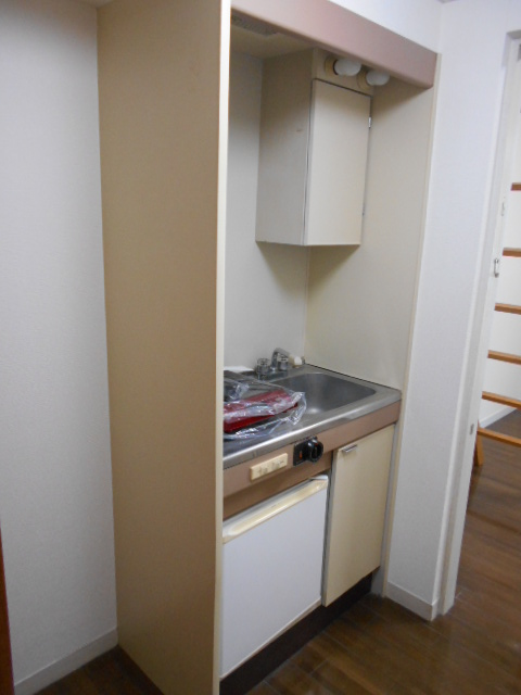 ルネパレス大岡Ⅱ 102号室のキッチン