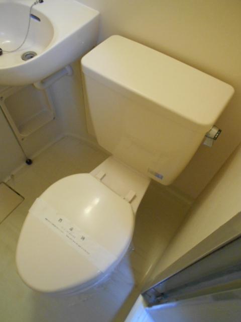 ルネパレス大岡Ⅱ 102号室のトイレ