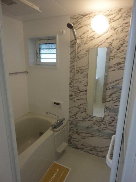 YEBISU Ⅱ 101号室の風呂