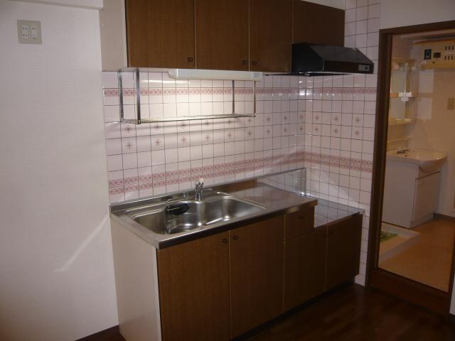 ベル・コリーヌ富貴ノ台 602号室のキッチン