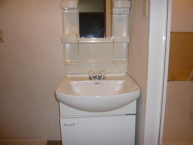 ベル・コリーヌ富貴ノ台 602号室の洗面所