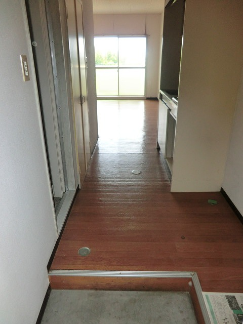マイライフ有玉西 3C号室の玄関