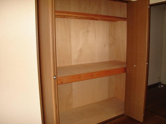 サンハイツみそのⅡ 202号室の収納