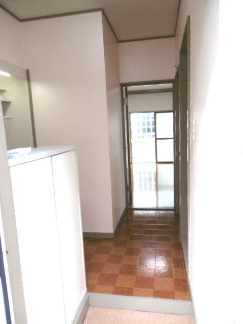 ドリームハイツ 203号室の玄関