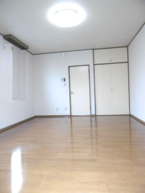 ドリームハイツ 203号室の居室