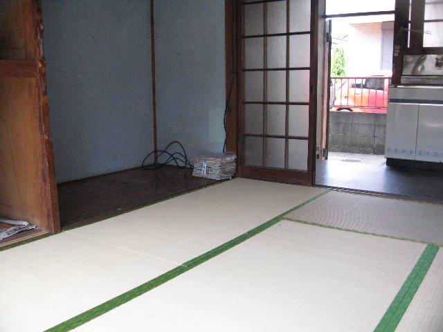 松林荘 5号室の居室