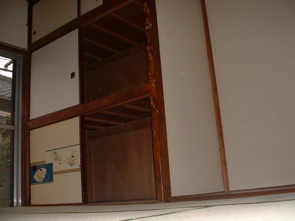 松林荘 8号室の収納
