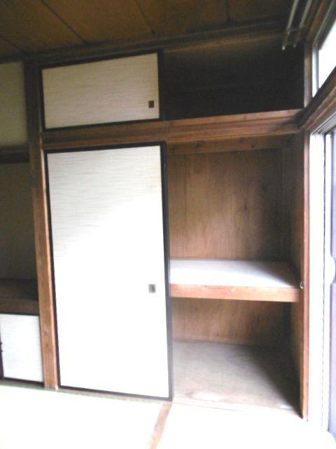 コーポ緑風 100号室の収納