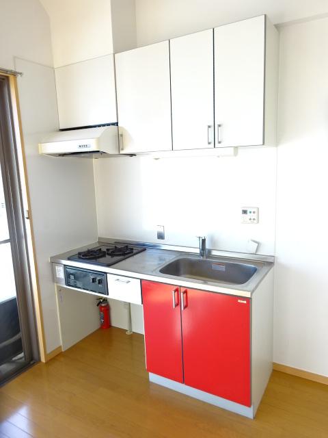 アーク松の木通り 601号室のキッチン
