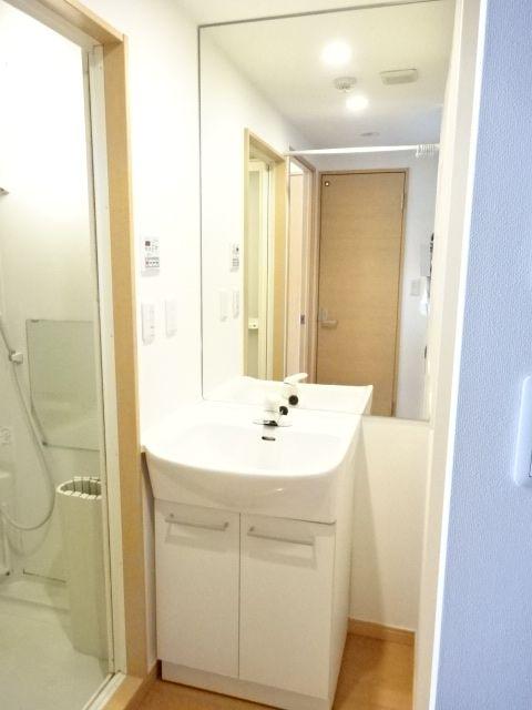 アーク松の木通り 601号室の洗面所