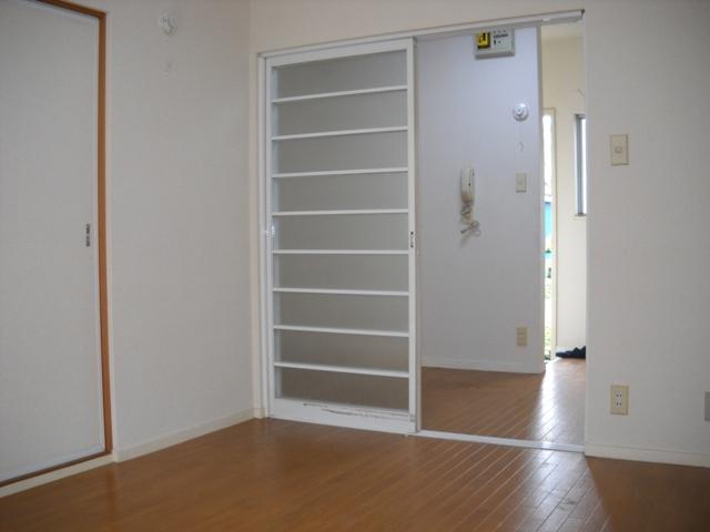 アーリーバード A101号室のリビング
