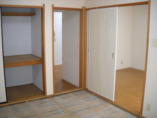 アーリーバード A101号室の居室