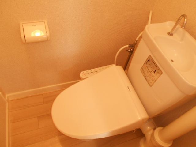 渋谷コート2号館 402号室のトイレ