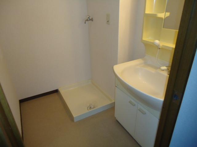 ぐりーんぷらざ 102号室の洗面所