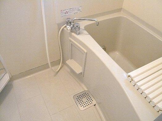 リファインアーツの風呂