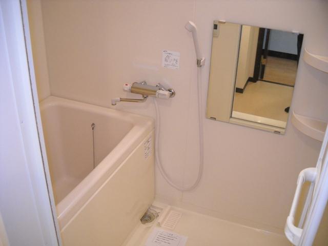 ミルフィーユⅡ 101号室の風呂