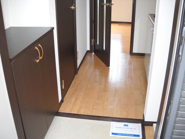 ミルフィーユⅡ 101号室の玄関