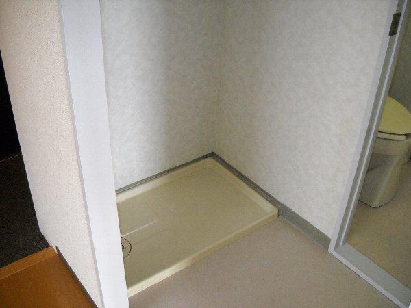 ハイアメージュ 305号室の洗面所