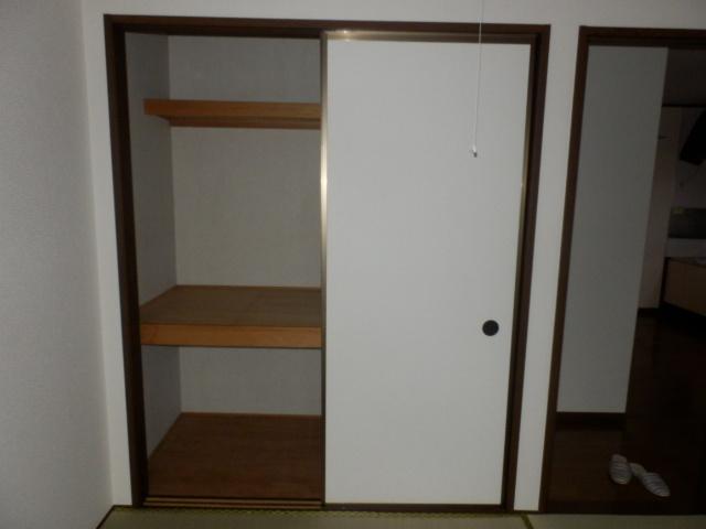ツインキャッスルⅠ 101号室の収納