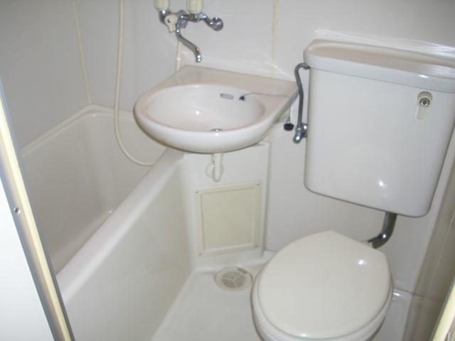 パルスクエアー・サノ 207号室の風呂