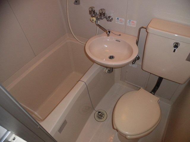 コーポ青木第2 103号室のトイレ