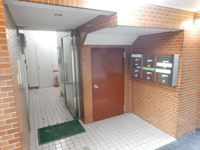 ボヌールレジダンス 202号室のエントランス