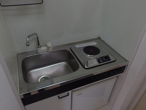 ニチエーイン立川 302号室のキッチン