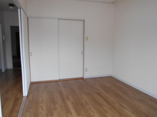 メゾン・アマービレ 403号室の居室
