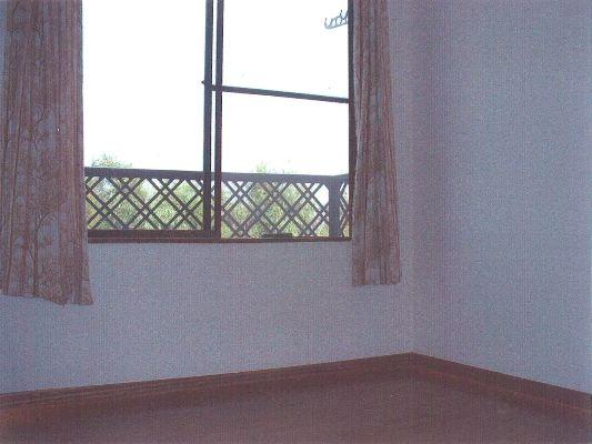 マンション杉坂 107号室のリビング